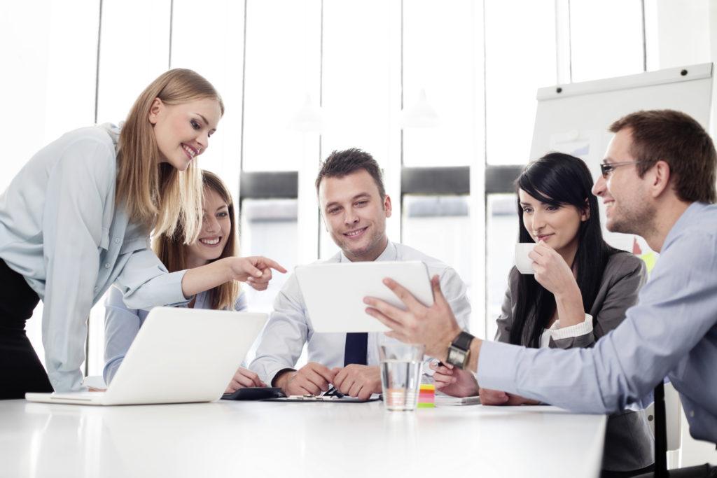 Zachęcanie pracowników do osiągnięcia lepszych wyników poprzez życzliwość