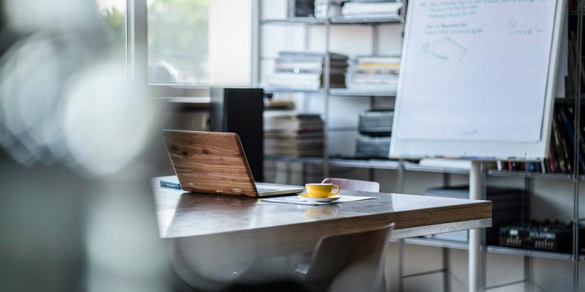 Czego potrzebujesz do wydajnego biura?
