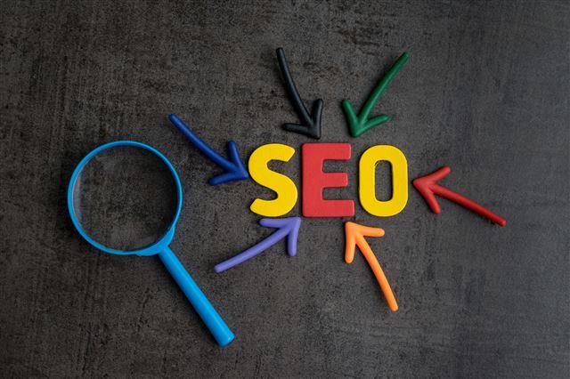 Jak wypchnąć stronę internetową firmy w górę w rankingach wyszukiwania